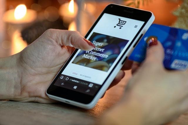 Jak poprawić sprzedaż online? Porady dla właścicieli e-sklepów