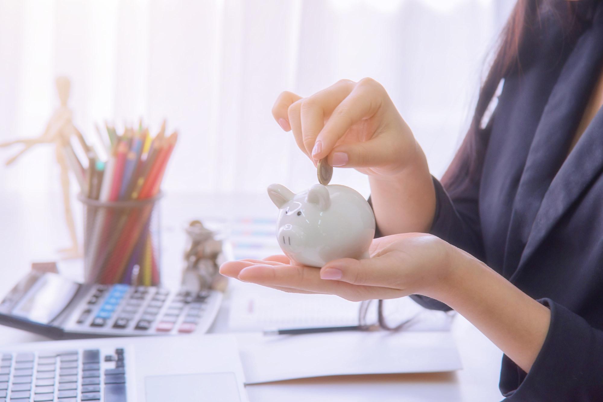 Jak zaoszczędzić na budowie domu? Pomysły na niższe koszty