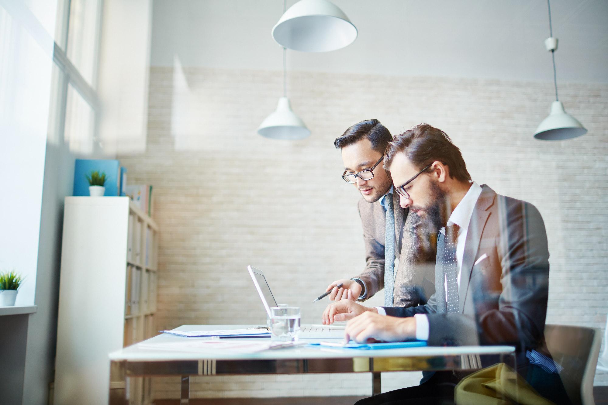 Jaki internet dla firmy wybrać? Sprawdź te parametry